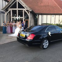 wedding limo at Sandburn Hall